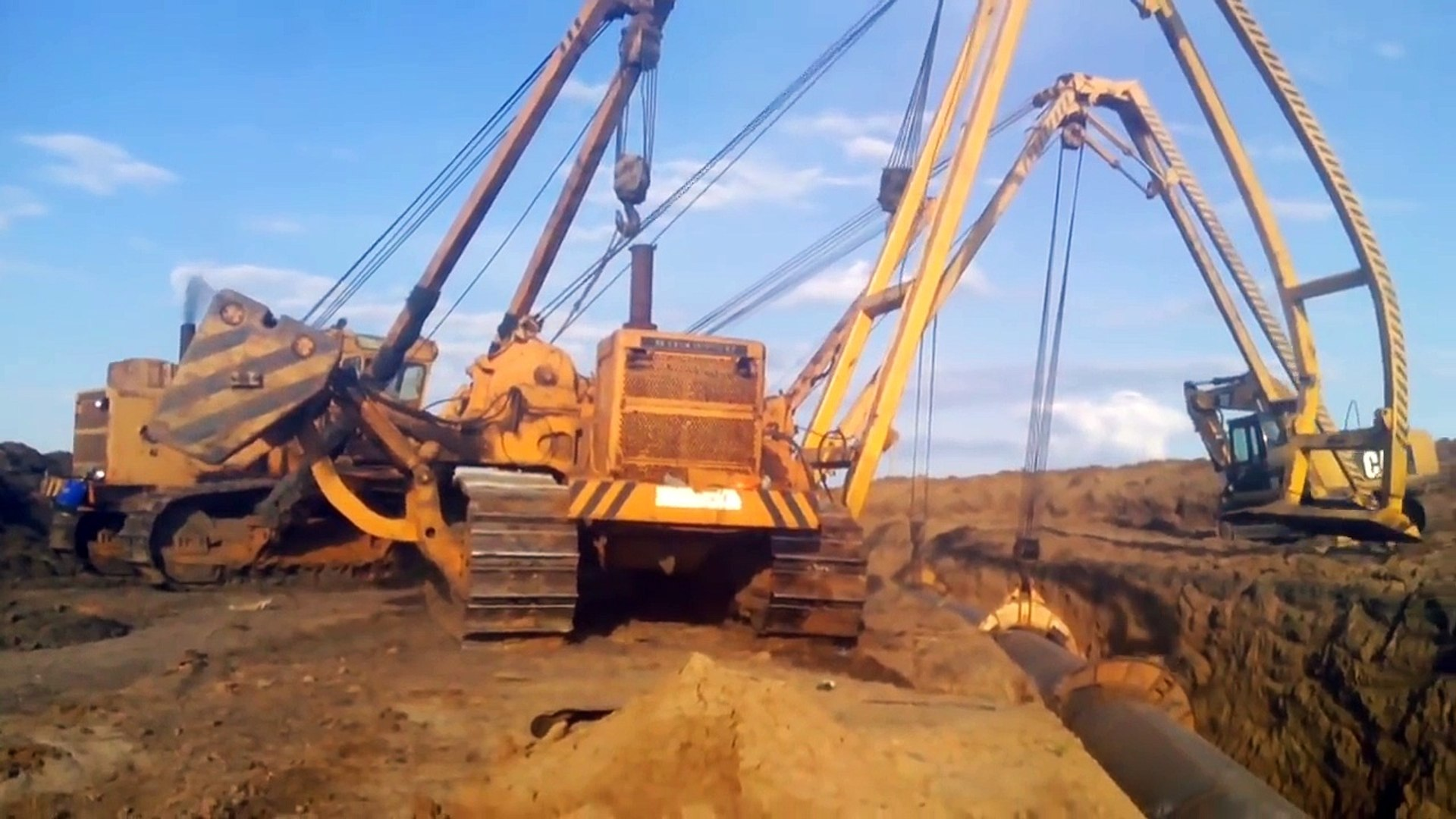 7 Heavy Equipment Operator Safety Tips